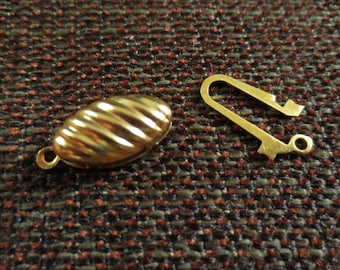 Set of 3 ornaments clasps gold