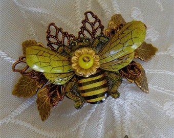 Bee Pin, Honey Bee Brooch, Bumble Bee Brooch, Bee Jewelry, Bee Lover, Gift for Bee Keeper Bee Lover
