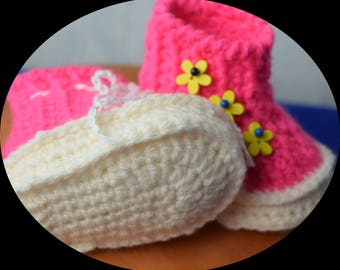 BABY shoes for 3-8 months, girls shoes / baby booties, crochet baby shoes, baby shoes, Baby Slippers
