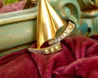Sailing Ship Brooch. Vintage Ship Brooch. 50's Brooche. Golden with Rhinestones Brooch