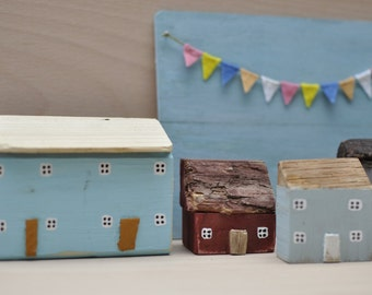 Little wooden house, Miniature house, miniature cottage, Driftwood house
