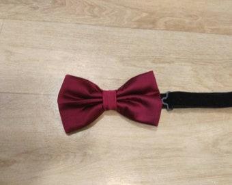 Tie bow tie size medium unisex Burgundy