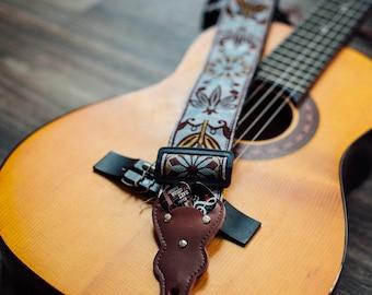 Vintage Guitar Strap - Guitar Player Gift for Man, Unique Woven Guitar Strap, Guitar accessory, Acoustic Guitar Strap, Musician hippie gift