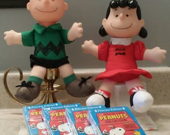 Peanuts 1991 Mcdonalds plush Charlie Brown and Lucy. 1991 Peanuts collectors cards / trading cards unopened.