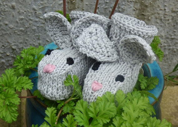 Baby EASTER KNITTING PATTERN Baby Bunny Booties 2 Sizes