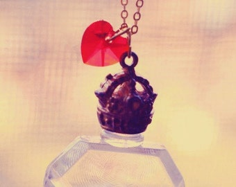 Perfume and Romance Necklace