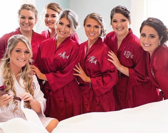 Bridesmaid Robes, Set of 6, Satin Robes, Bridesmaids Gifts, Wedding Party, Monogrammed Bridal Party Robes, Silk Bridesmaid Robes, Silk Robe