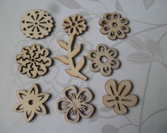 x 8 mixed wooden embellishments flower 5.7 to 3 cm
