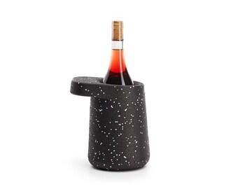 HAT - Puik - Design - Amsterdam - Glacette - Weinkühler - Wein - Champagner - EPP - Geringes Gewicht - Tisch - Restaurant - Bar - Küche
