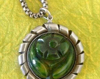 Vintage 1930's Marbled Green Carved Bakelite Floral Pendant In Ribbon-Twist Metal Frame on Linked  Metal Chain