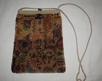 Ethnic rug bag Handmade bag Turkish bag Regional bag Crossbady bag Tablet bag Vintage rug bag Kilim bag Decorative bag
