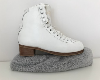 Gray Fuzzy Ice Skating Soakers Blade Covers