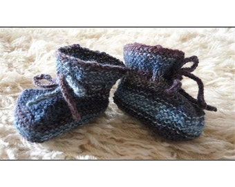 Pattern - Lois' Baby Booties Knitting Pattern by Blarney Yarn