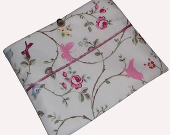 Shabby Chic Ipad eReader Gadget Laptop Case Cover Bag fits Kindle Tablet - Gift Idea