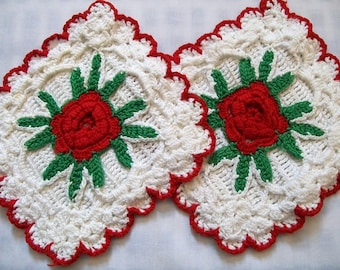 Vintage Pot Holders, Red Roses vintage kitchen, Crocheted pot holders, Rose Pot Holders,Grandmas kitchen, vintage kitchen