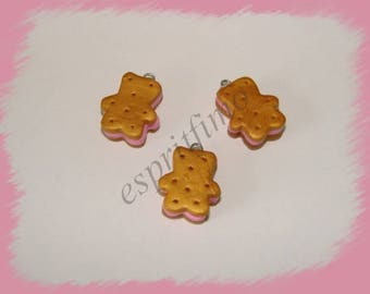 """Charm """"Strawberry cookie biscuit bear"""" in fimo"""