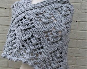 Dove Gray Chunky Knit Shawl, Hand Knit Shawl Wrap, Gray Lace Knit Shawl, Grey Warm Winter Shawl, Winter Wedding Knit Shawl, Blanket Scarf
