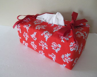 Tissue Box Cover/Rose On Red