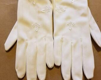 Vintage off white ladies gloves