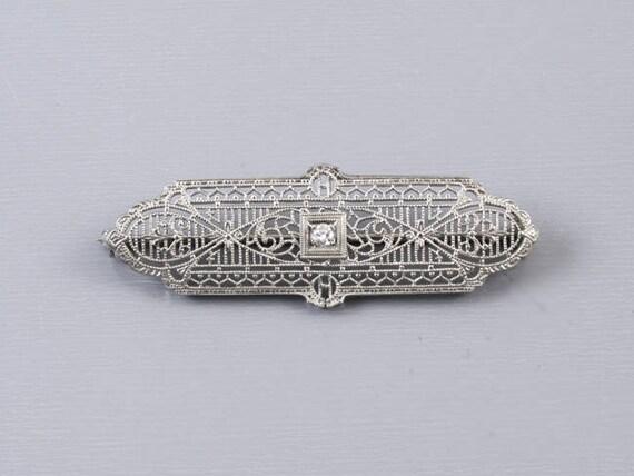 Antique Art Deco 10k white gold and platinum diamond filigree brooch pin