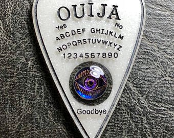 Vintage Carved Glass Eye Floating White Ouija Board Planchette Mystifying Oracle Talisman Necklace Witch Board