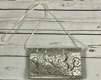 Vintage 80's silver beaded purse - vintage beaded shoulder bag - retro silver beaded purse - vintage silver purse
