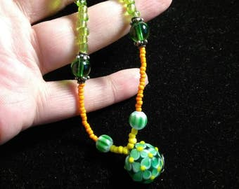 Vintage Floral Glass Lampwork Beaded Hippy Necklace 18 Inches