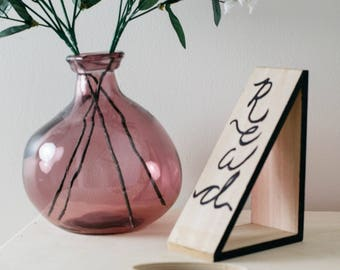 Wood Bookends 'READ MORE' - Modern Wooden Book Ends with Hand-Scripted Quotes Black
