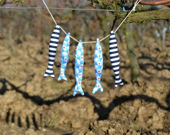Fabric garlands of 7 sardines