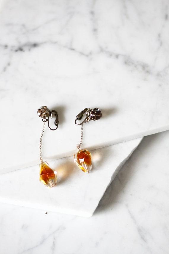 1960s drop earrings // 1960s czech glass earrings // vintage earrings