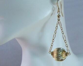 14kt geel gouden bal en ketting oorbellen