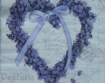 A napkin 3 leaf FLOWER HEART