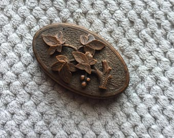 Vintage 1960s Wooden Ivy Leaf Oval Paperweight With Metal Bottom