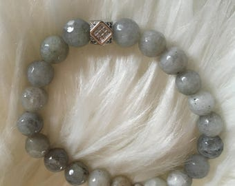 Labradorite beaded bracelet with silver pave bead