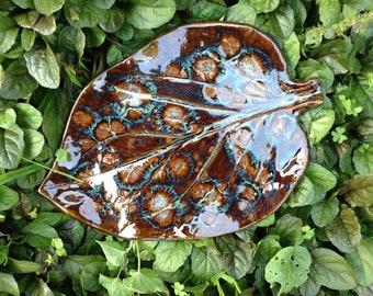 Bird Bath Leaf Garden Art Sculpture