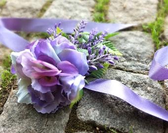 Purple flowers bracelet with lavender