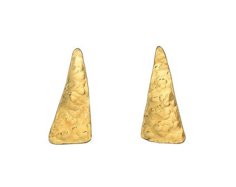 Triangle stud earrings, gold big studs, hammered earrings, brass jewelry, geometric posts, minimal jewelry, contemporary studs, simple jewel
