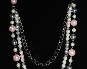 Pearl fun necklace