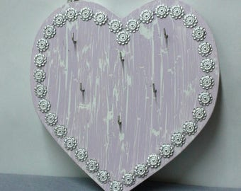 Wood frame, heart shape to hang your jewelry or keys