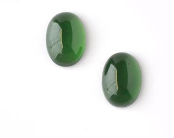 Natural Green Serpentine Gemstone : 32.00cts. 100% Natural Green Serpentine Loose Gemstone Oval Shape Normal Cut 20*15mm