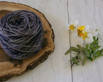 Merino Sock Yarn 100g Gradient Cake - 4ply Purple Variegated zigzag - hand dyed