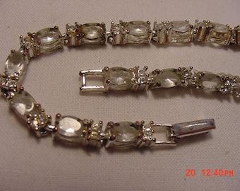 Vintage Avon Rhinestone Bracelet   15 - 627