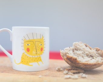 Yellow Cat Mug - Ceramic Mug, Gift for the kitchen, Birthday Gift, Child's first mug, Kitchenware, Cat people gift, Leo Star sign - Cat gift