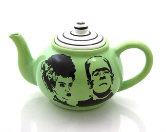 Mr and Mrs, personalized wedding gift, Frankenstein and bride teapot, large teapot