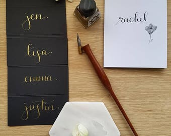 Gold Wedding Place Cards, Black wedding place cards with gold calligraphy, guest name cards, escort cards, gold wedding, gold calligraphy