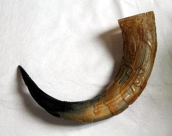 Drinking horn, carved with medieval patterns, dragon, interlacing, fantasy, viking, medieval, sculpted horn, drinking game, medieval horn
