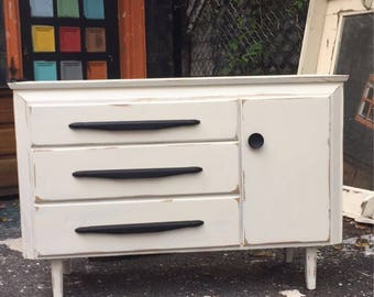 shabby chic solid wood Dresser with cabinet
