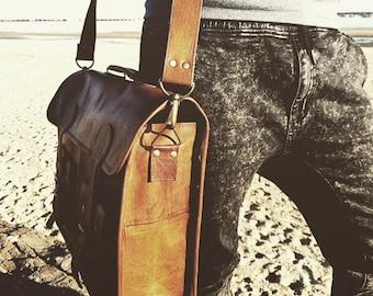 Messenger Bag, Leather Messenger Bag, Leather satchel, Leather laptop bag, Mens leather bag, Leather messenger bag