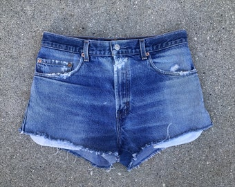Levis Vintage Zip Fly Levi Strauss Denim Jean Shorts Size 31