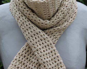 scarf between 2 natural seasons